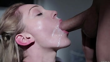 Who is this girl? I want the full video, please! Best cumshot ever!