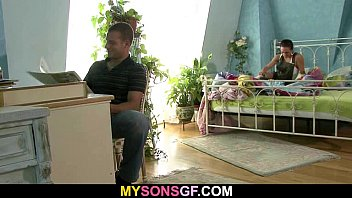 Horny old dad licks and fucks son's gf pussy Vorschaubild
