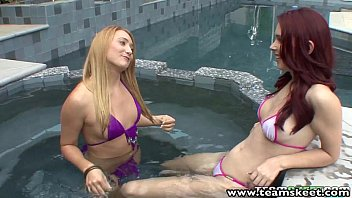 StepSiblings Redhead blonde babes lesbian sex