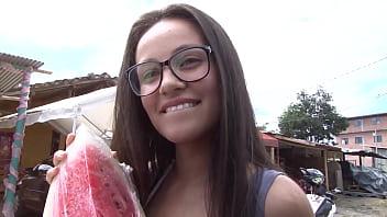 Ebony Colombian picked up and fucked - Carne Del Mercado