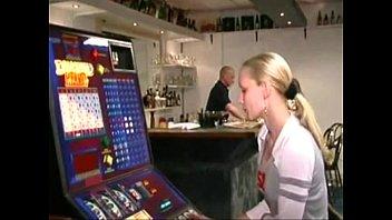 Belgian Jill Fu cks Dutch Bartender (vlaamse J nder (vlaamse Jill Neukt Hollandse Barman)