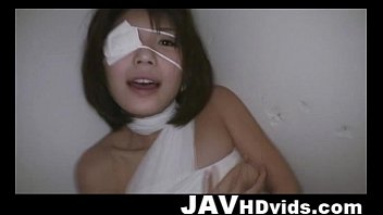 Bandaged Azumi Harusaki in rough mouthfuck &amp_ deep throat