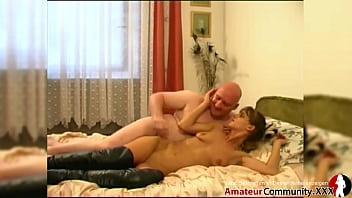 Porn casting: Slim beauty helps every guy to bust a nut! AMATEURCOMMUNITY.XXX