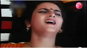 Farah moaning loud indian aunty 89秒