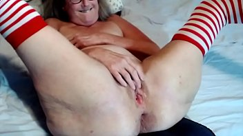 Sexy Senior Spreads Her Wet Pussy Wide And Fingers