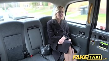 Fake Taxi Mature Milf gets her big pussy lips stretched open porno izle