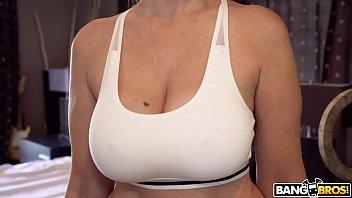 BANGBROS - Big Tits MILF Stepmom Julia Ann Fucks Step Son In Shower porn thumbnail
