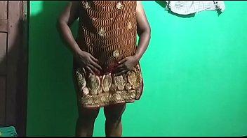 indian horny milf using  umbrella thumbnail