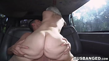 Bootylicious cutie Rharri Rhound rides dick in the back seat