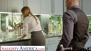 Naughty America Real Estate agent Bunny Colby does what it takes to close 13分钟