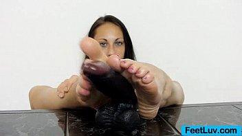 Teenie Ell Storm feet show off thumbnail