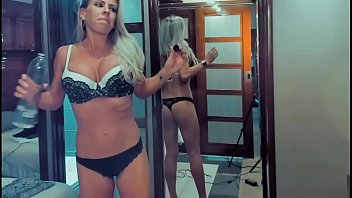 American MILF Trying On Underwear For You...