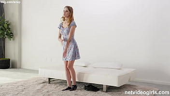 Petite Strawberry Blonde Girl With A PERFECT RACK! porno izle