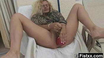 Big Booby Fisting Milf Nude Solo