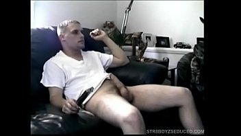 Gay sucking his own cock - Straight boy buzz giving head