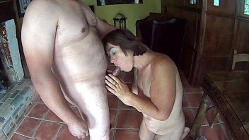 Suzisoumise demonstrates her cock sucking skills.
