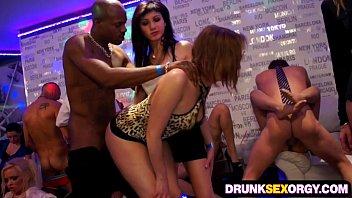party babes loving big dicks