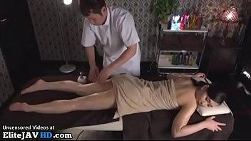 Japanese massage sex with beautiful babe thumbnail