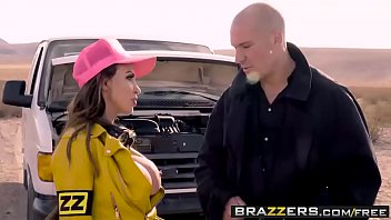 Brazzers Exxtra – (Nikki Benz, Sean Lawless) – Full Service Station A XXX Parody – Trailer preview