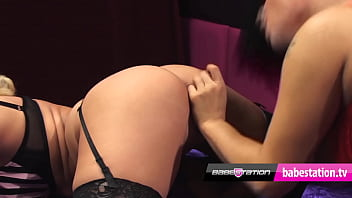 Lesbian live show with Dani O&#039_Neal &amp_ Karlie Simon