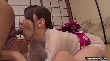 Japanese housewife, Hitomi Hayama had sex, uncensored