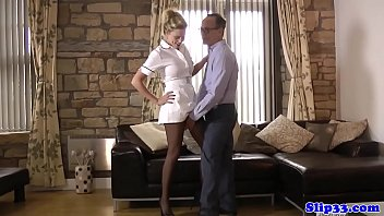 Bigtits babe makes old man to spray jizz 10分钟