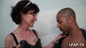 French mature gets her ass fucked for her sexetape