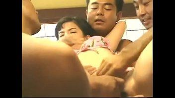 高潮到抽搐squirting orgasm japanese convulsion Spasm absen 7P 1VS6, what is her name?