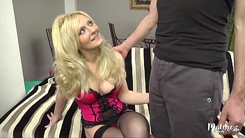 Ambre, mature belge sexy aux gros seins 15 min