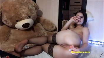 Passionate BongaCams teen in stockings fucks her ass
