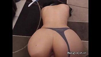 أفلام سكس Romanesti الفتيات من أراد ، مارس الجنس مع سراويل داخلية لها على أنها قد الشرج الجنس
