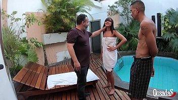 A novinha recebendo instruções sobre como atuar em seus primeiros trabalhos - Bruna Lancaster - Rob Carvalho - Binho Ted