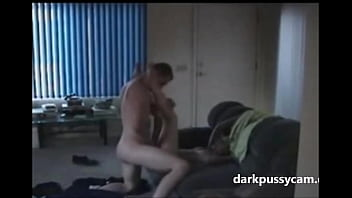 Homemade Amateur Ex-Girlfriend banged on cam darkpussycam.com 3分钟