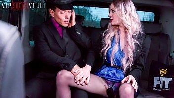 VIP SEX VAULT - New Cabby Fucks Hottie Passenger Carly Rae pornhub video