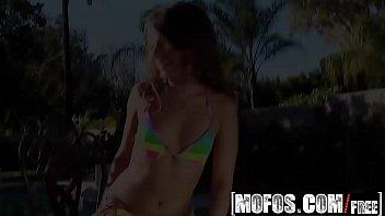 Mofos - Shes A Freak - Sophia Sutra - Rainbow Bikini