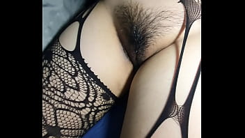 Fuck this tight pussy. Almost cum inside 7分钟