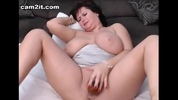 Brunette mature masturbation - Busty mature bbw milf toying and fingering her pussy cam2it.com