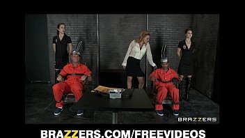 Two d. row inmates get one last threesome with Krissy Lynn