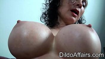 Dildoaffairs Sklavin Michaela O Brilliant Red Dildo ANAL Preview Porno indir