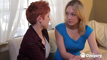 Lesbien xxx blogspot - Game night turns into some hot lesbian sex
