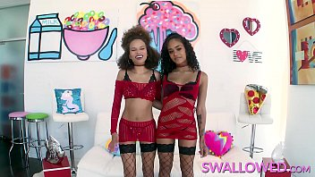 SWALLOWED Cecilia Lion and Scarlit Scandal sharing a big cock