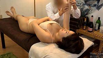 Massage yoni zalo 0929656694