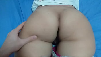 Sister show to her brother how hard is his booty after gym