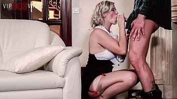 VIP SEX VAULT - Pin Up Blonde MILF Barbara Nova Offers To Her Husband An Unforgettable Night