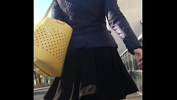 Upskirt in black stockings 2分钟