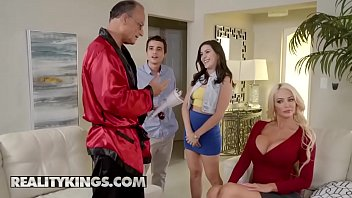 Moms Bang Teens - (Nicolette Shea, Natalie Brooks, Ricky Spanish) - Gold Digger Duel - Reality Kings