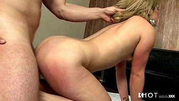 Onion pussy Hotgold cute portuguese girl loves a big cock