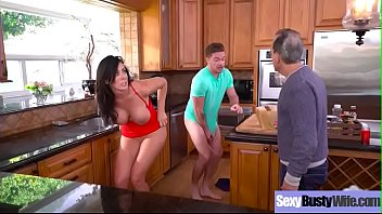 (Reagan Foxx) Hot Nasty Wife With Big Tits Busy In Sex Tape movie-22