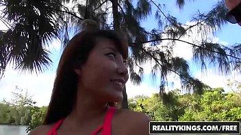 RealityKings - Milf Hunter - Sean Lawless Tiffany Rain - Touchy Feely Milf