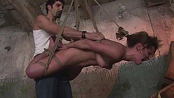完美的BDSM。第2部分。残酷的嘴巴他妈的和c渗透的虐待狂游戏。